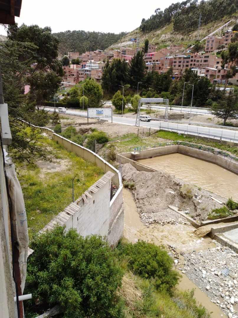 Edificio en Venta ACHACHICALA (Pura Pura) LA PAZ - BOLIVIA  Plena conjunción de Autopista La Paz - El Alto con Av. Chacaltaya Foto 20