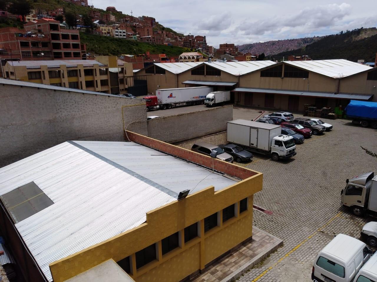 Edificio en Venta ACHACHICALA (Pura Pura) LA PAZ - BOLIVIA  Plena conjunción de Autopista La Paz - El Alto con Av. Chacaltaya Foto 15