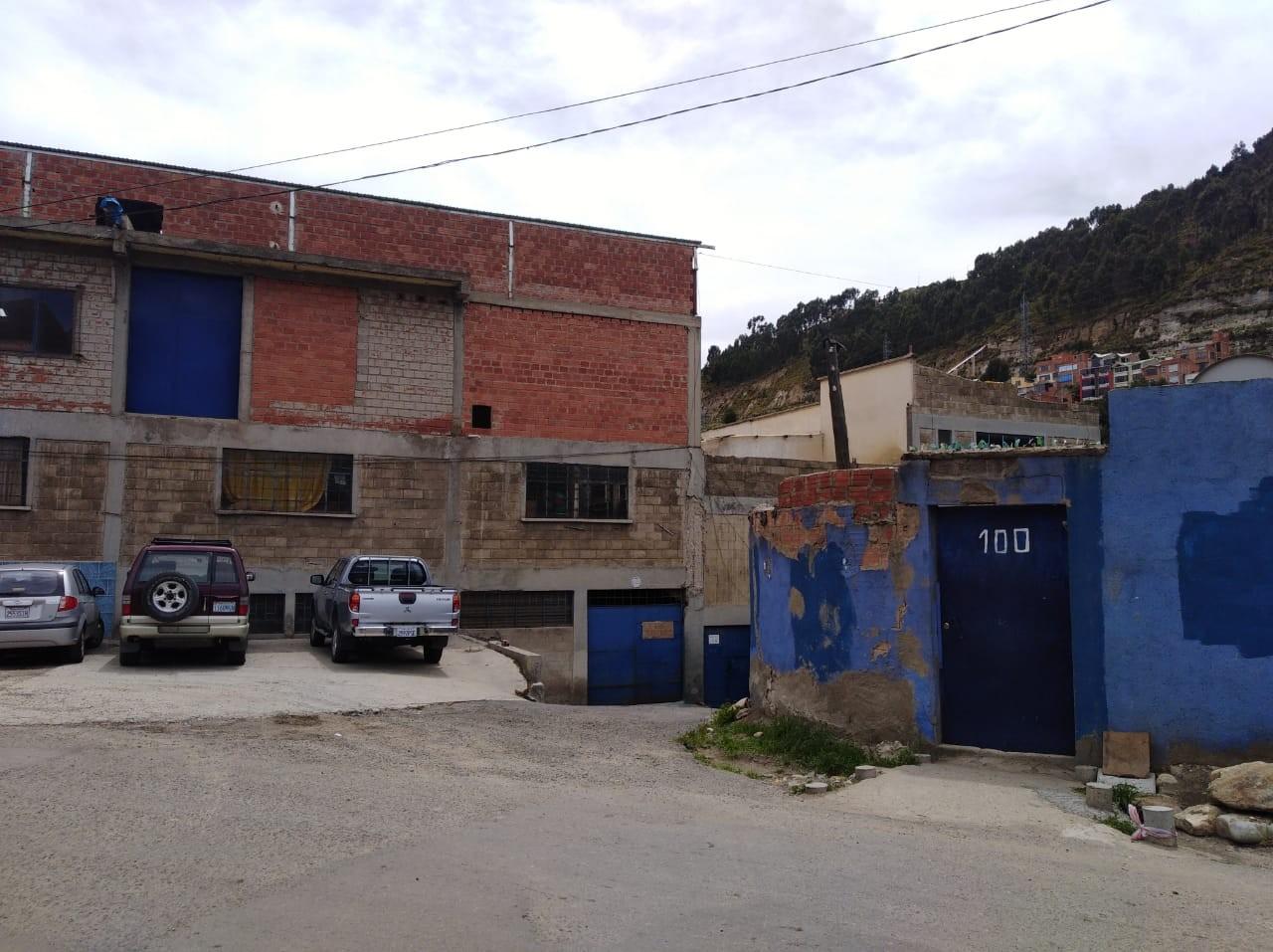 Edificio en Venta ACHACHICALA (Pura Pura) LA PAZ - BOLIVIA  Plena conjunción de Autopista La Paz - El Alto con Av. Chacaltaya Foto 7
