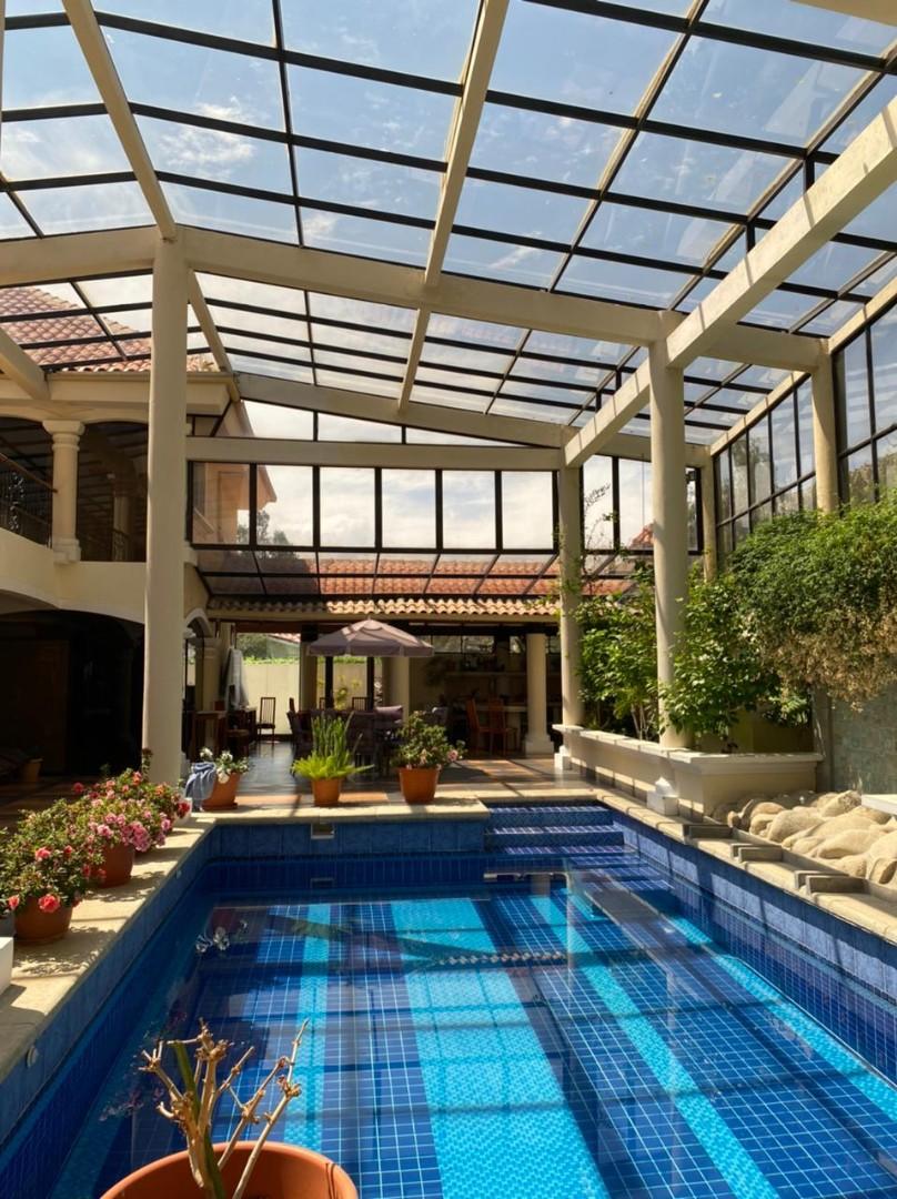 Casa en Venta BELLISIMA MANSION EN EL GOLF- AMOBLADA Foto 1