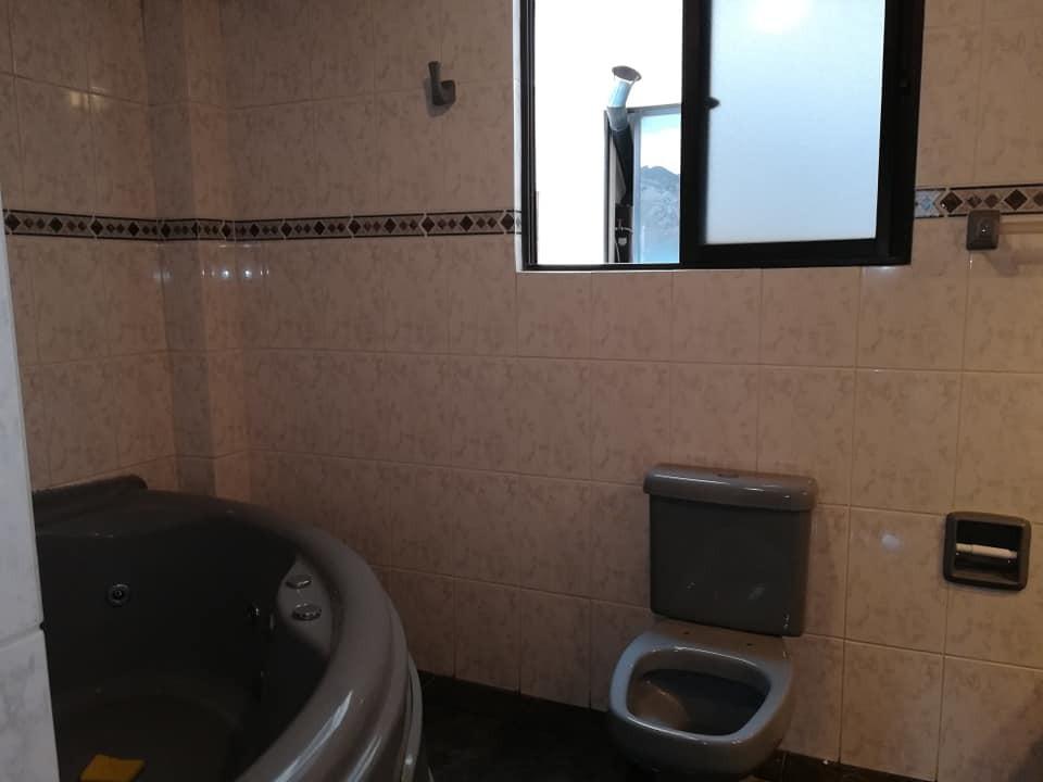 Departamento en Anticretico MESETA DE ACHUMANI Av. Julio Mendez, calle 3 Foto 5