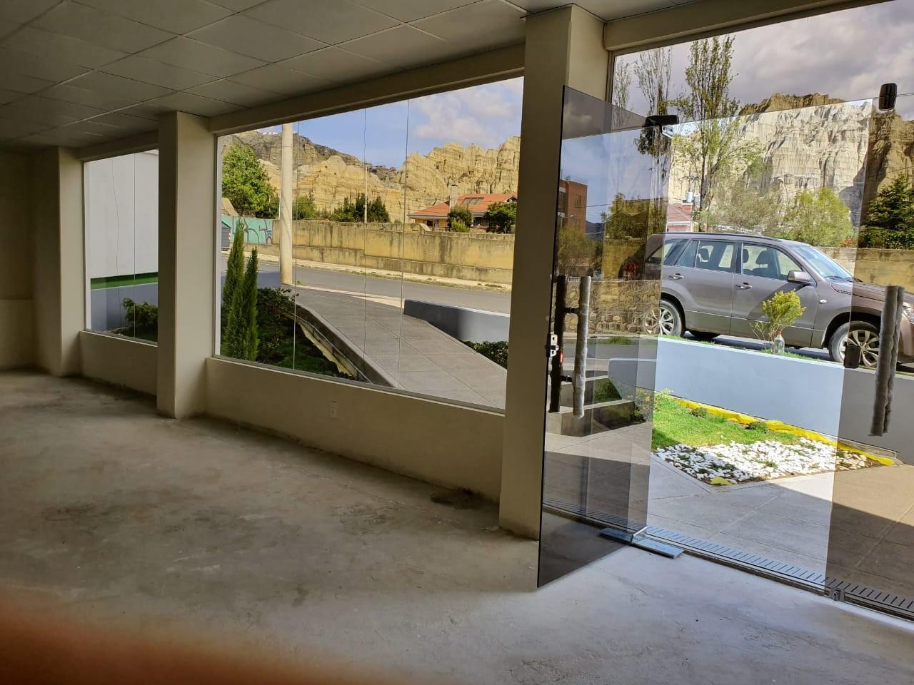 Oficina en Venta Av. Costanera, entre calles 25 y 26 Foto 9