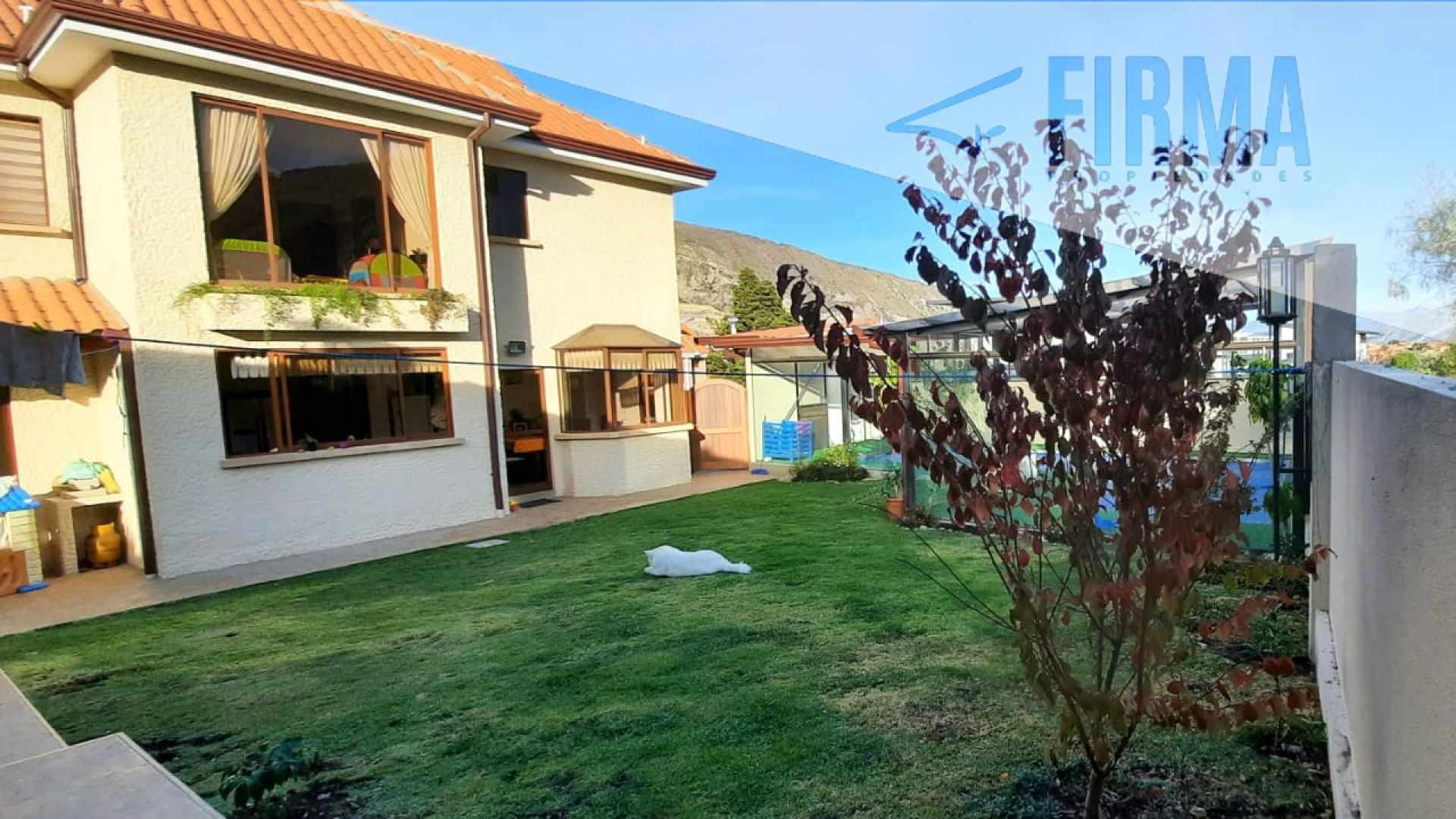 Casa en Venta COMPRA ESTA HERMOSA CASA EN UMAMANTA JUPAPINA FASE 2 Foto 2