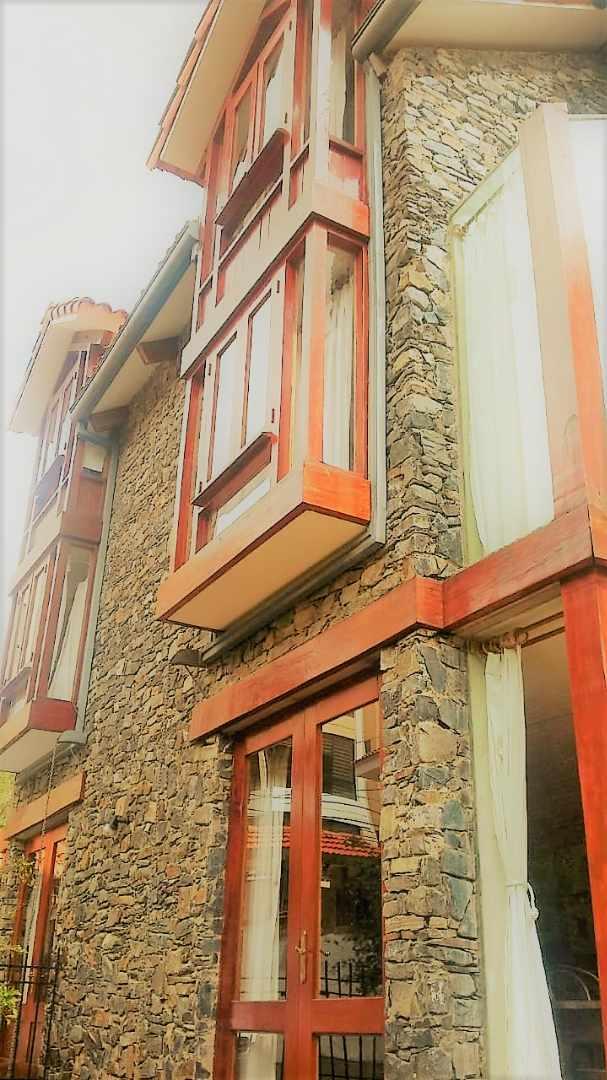 Casa en Venta Achumani PamirPampa frente Barrio Alemán Foto 30