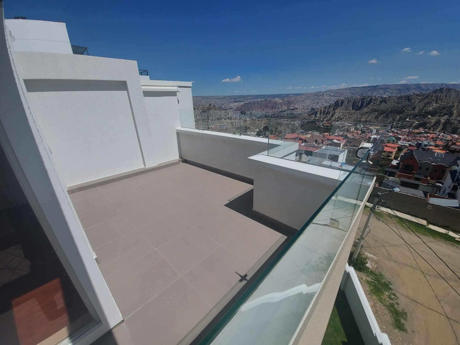 Casa en Venta ACHUMANI HERMOSA CASA NUEVA EN ESQUINA Foto 16
