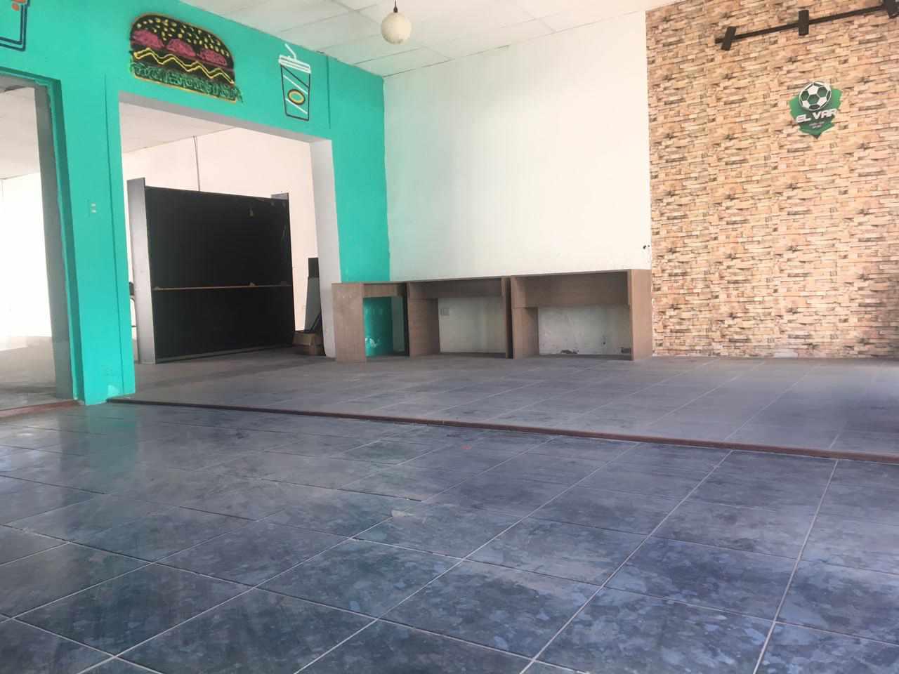Local comercial en Venta Calle las Charcas  Foto 11