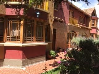Casa en Venta Mallasilla, excelente ubicación muy cerca al Valle de la Luna  Foto 5