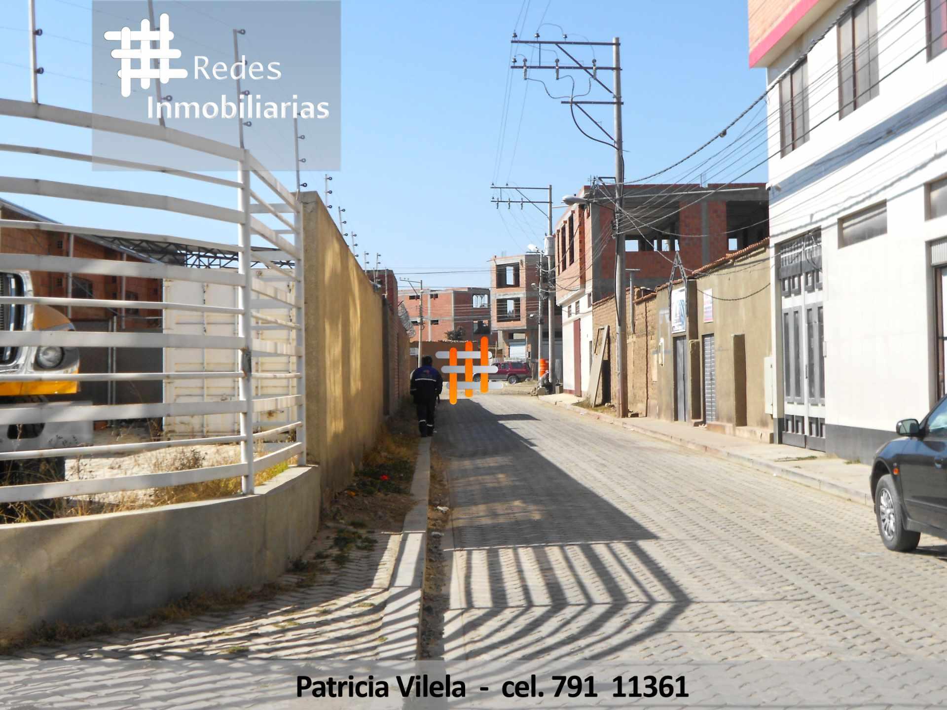 Terreno en Venta OFICINAS CON GALPONES Y TIENDAS UN MAZANO ENTERO EN EL ALTO PLENA 6 DE MARZO  Foto 3
