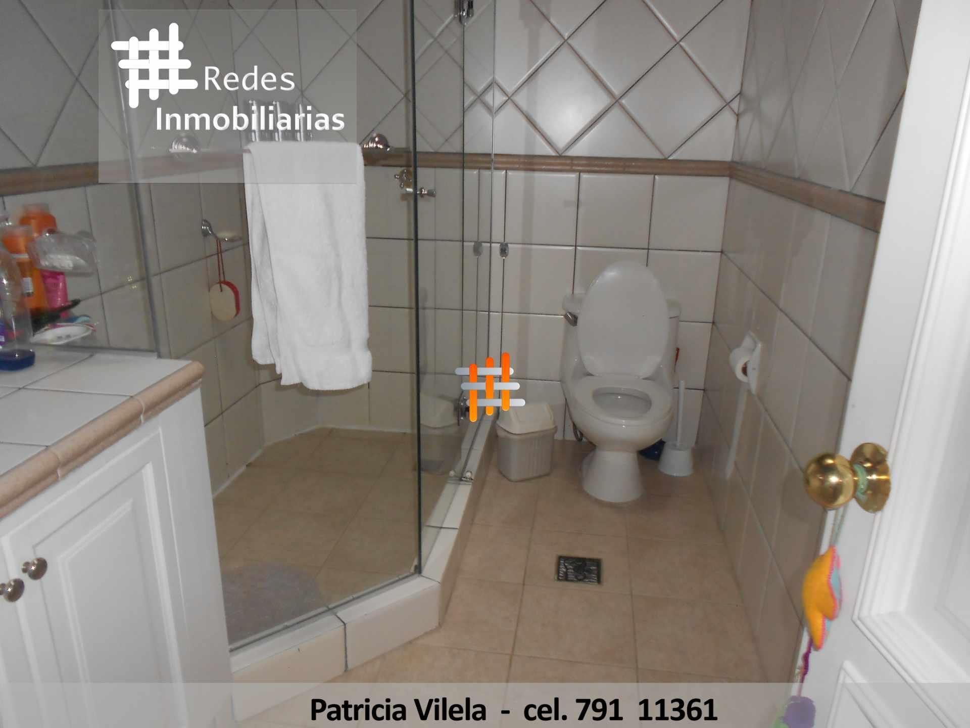 Casa en Venta HERMOSA CASA EN VENTA EN ACHUMANI URBANIZACION PRIVADA UNICA EN SU ESTILO TOTALMENTE AUTENTICA HERMOSA  Foto 17