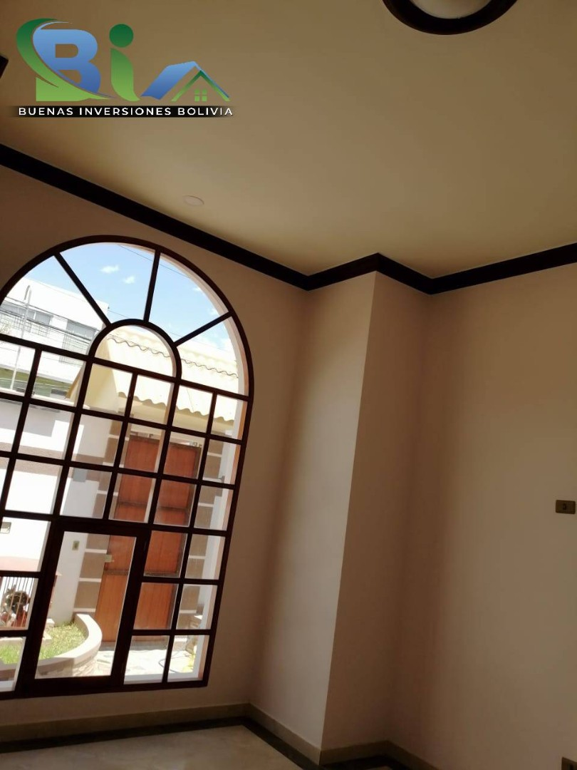 Casa en Venta $us 362.000.- CASA NUEVA PROX. PARQUE LINCOLN Foto 16