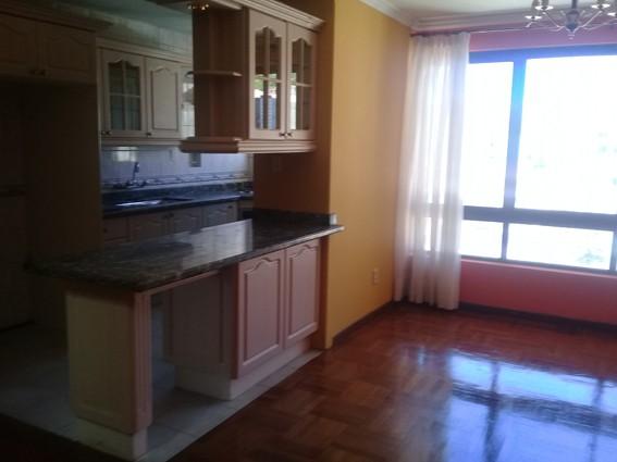 Departamento en Alquiler Edificio Lira (calle Rafael Bustillos #1022) Foto 13
