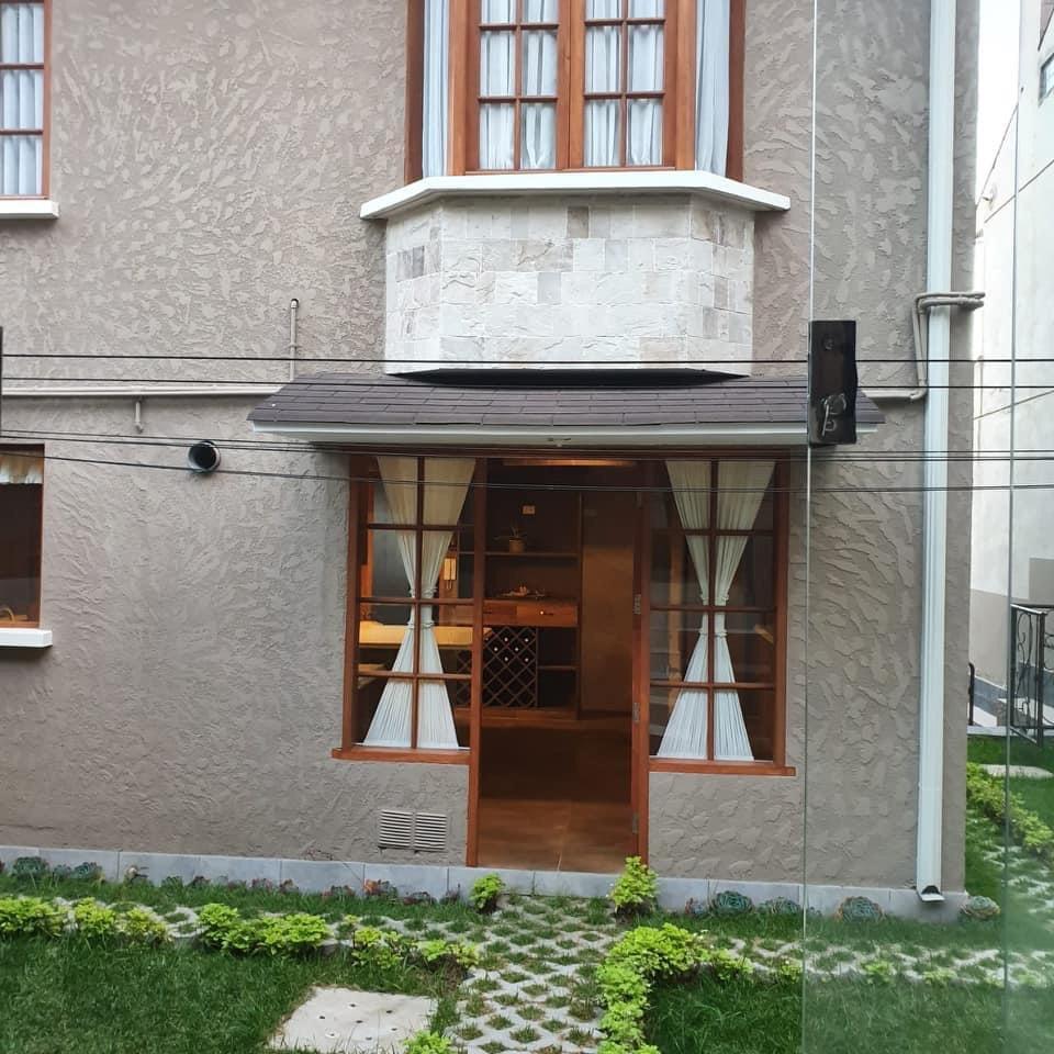 Casa en Alquiler Achumani c/14 Foto 12