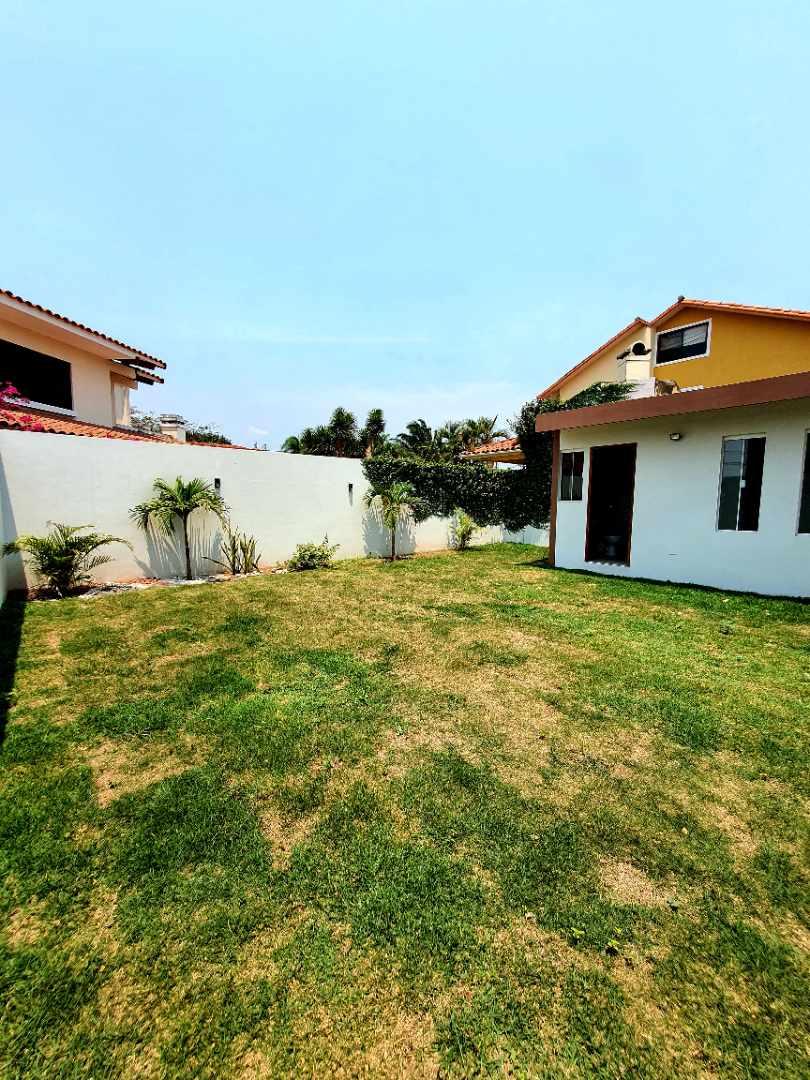 Casa en Venta Zona Norte km 8½ Foto 5