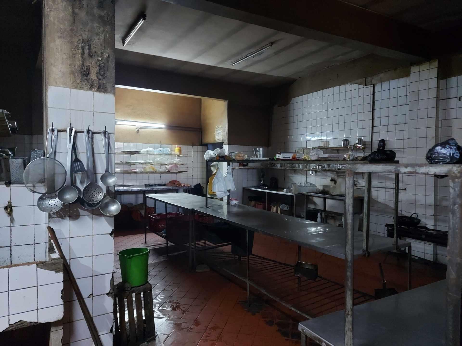 Local comercial en Venta Inmueble comercial Sobre el 2do anillo Entre Av. Alemana y Beni Foto 11